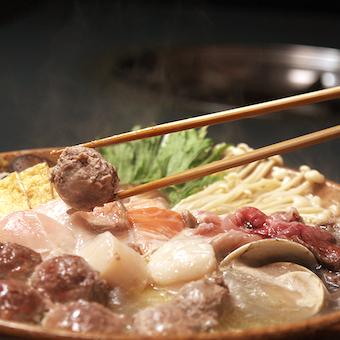 野菜もお肉もバランスよく食べられるちゃんこ鍋!老舗の味に触れよう!