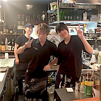 楽しい仲間がいっぱいできて料理の腕もあがる欲張りな環境☆やきとん、串焼き、ワイン、日本酒の研修が無料で受けられます!