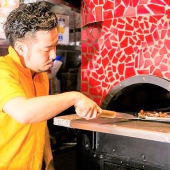 【髪型髪色自由◎】楽しいイベントも満載のCONAであなたもピザ職人に!【ひげ・ピアスOK】