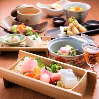 天ぷらや刺身など本気の豪華まかないあり♪ランチ勤務歓迎!行列ができる和食店のキッチンスタッフ♪