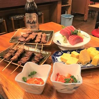 もつ焼き、お刺身など美味しくてリーズナブルな料理でお客様に喜ばれています♪