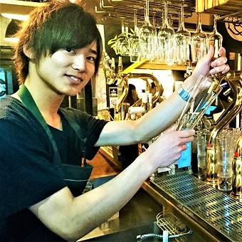 クラフトビールを学べる!20〜30代の気さくなスタッフと一緒に働けるビアレストラン☆