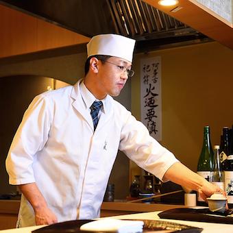未経験から一流料理人へ。料理・接客の知識と技術が学べる!夢を叶える環境は全てここに揃っています。
