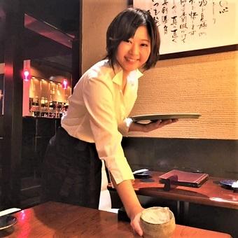 [時給1,100円]フリーターの私でも本格和食店でリーダーとして働ける!?手当充実のホールスタッフ♪