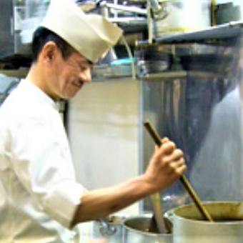カレーの超有名店「デリー」の暖簾分け店!日本人シェフから日本人好みの本格カレーを学びましょう!