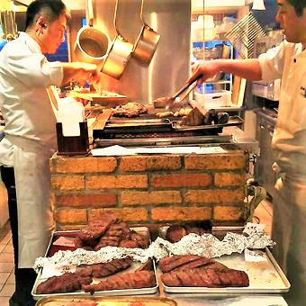 お肉が焼けるようになれば時給+50円☆毎日でも行きたくなる気軽な肉バル!お肉の全てを知り尽くそう♪
