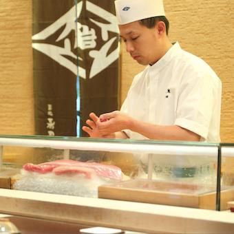 大正時代から続く江戸前寿司を学ぶ♪フルタイム勤務ならミニボーナスあり◎