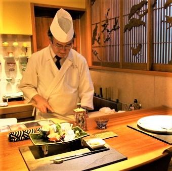 週1日〜◎和の真髄を学ぶ。基本的な出汁の作り方から、自身のセンスも磨かれる。都会に佇む静かな和食店!