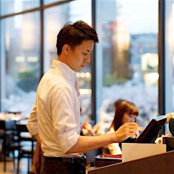 東京ミッドタウンの人気味噌屋の食事処で接客♪美味しいまかない◎酒蔵訪問もあり☆スタッフ定着率高◎