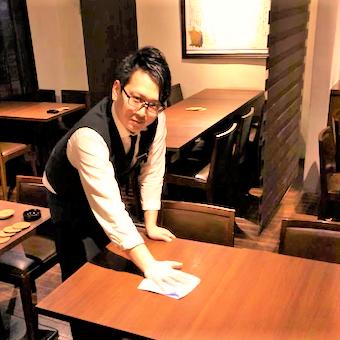 接客スキル、テーブルセッティングなど、たくさんのスキルを磨いていけます!名刺も作れますよ☆