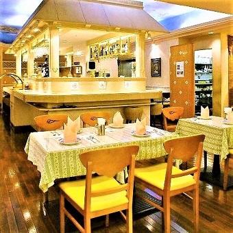 都会の喧騒から離れたオシャレな本格インド料理レストラン♪外国人スタッフと働こう!