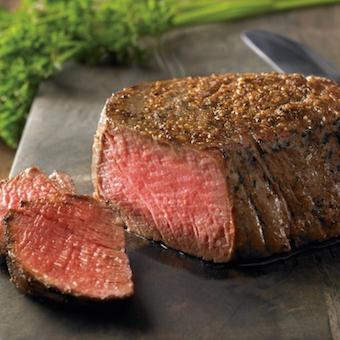 社割で肉厚ステーキもたべられる♪国際色豊かなスタッフが活躍☆やりがいと楽しさ溢れるキッチン♪