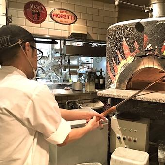 ◆品川駅2分◆【賄い食べ放題】オイスターバーのオープンキッチンでカッコよく働こう☆