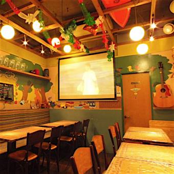 常連さんも多いサーファー好きのオーナーが営むメキシコ料理店◎テキーラの銘柄当てたら時給UP!