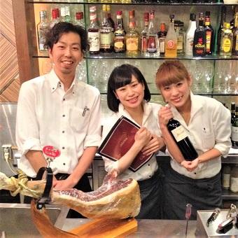 【時給1200円!】駅徒歩1分★銀座のスペイン料理店でのサービス♪