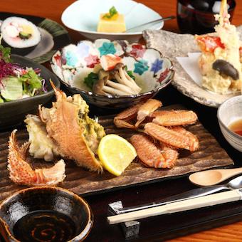 様々な蟹料理を学べるお仕事!誕生日にはなんと毛蟹をプレゼントしてもらえます!