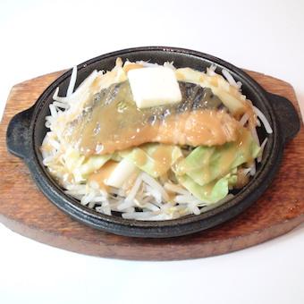 【タダ飯クーポンあり】時給1150円☆北海道に興味のある方必見のキッチンバイト♪東京駅直結☆