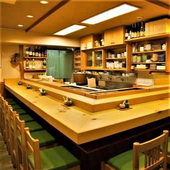 【個人店】美味しい料理と気さくな大将が人気のお寿司屋さん♪髪色自由?高校生もOK☆