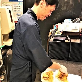 完全セルフサービスの天丼&居酒屋♪簡単な調理のお仕事!未経験歓迎☆