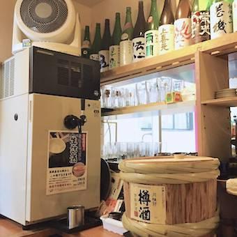 珍しい日本酒サーバー!蔵元で作られた味わいそのままの樽生詰の日本酒「あさ開」が飲めるのは都内でここだけ!