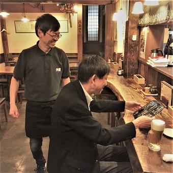 海外にもお店を展開するグローバルな蕎麦居酒屋。