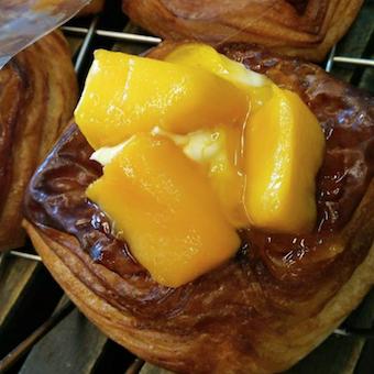 オールスクラッチ製法で作られるパンの種類は様々。