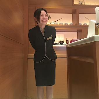 【英語が活かせる】高級四川料理店で受付・キャッシャー業務♪お店の顔になりましょう◎