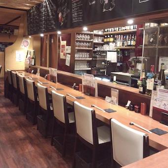 日本酒をワイングラスで提供するこだわりの焼鳥店で接客♪ネイル・金髪・ピアス・ひげOK!