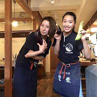【ディナー勤務歓迎】お魚好きのパラダイス♪Tシャツ×前掛けでカッコ可愛く働ける海鮮居酒屋ホール☆