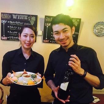 トルコ人の父と日本人の母親を持つオーナーの本格トルコ料理店です。