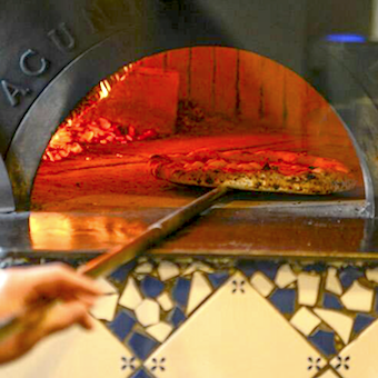 ナポリの薪窯で作るピッツァなど本格イタリアンを中目黒の隠れ家イタリアンで学べるキッチンバイト!