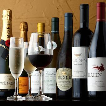 様々なワインを扱うので、ワインにも詳しくなれます♪