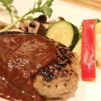 ◎高待遇☆駅ナカのラグジュアリーなフードコートのキッチン♪洋食も和食も学べる!