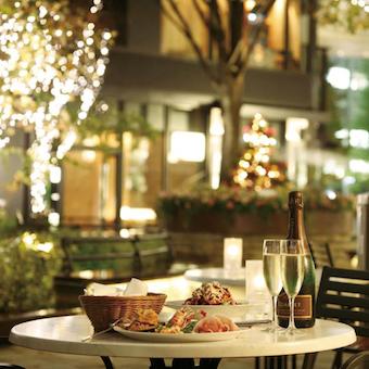 サンフランシスコ発の日本一号店。丸の内ブリックスクエアの大人レストランで接客を覚えよう