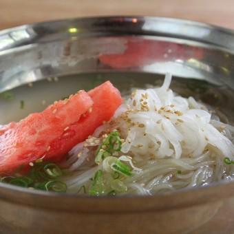 シンプルな味こそ、料理人の腕が試される渾身の冷麺