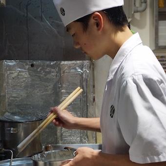 土日休み!丸の内の蕎麦居酒屋で調理スタッフ募集!独立希望者も大歓迎!フルタイム勤務も可能です