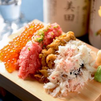 ウニ・イクラ・カニが豪快に乗った「のっけ寿司」お料理も個性が光ります☆