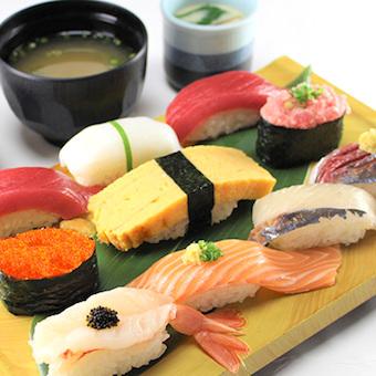 新鮮でお手頃価格のお寿司が大人気!
