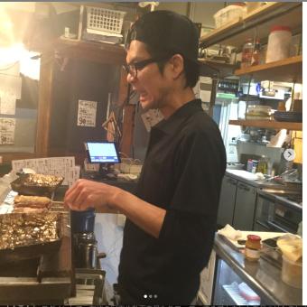志村坂上駅で常連さん多数の人気のやきとん居酒屋店で調理のお仕事!月8日休み